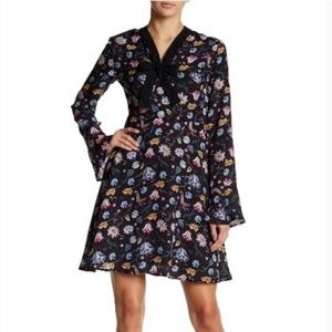 Romeo and Juliet Couture Long Sleeve Floral Dress
